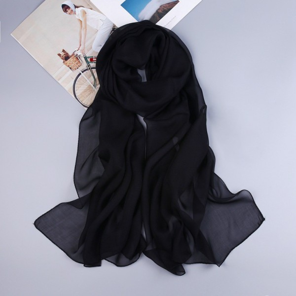 Écharpe en soie noir