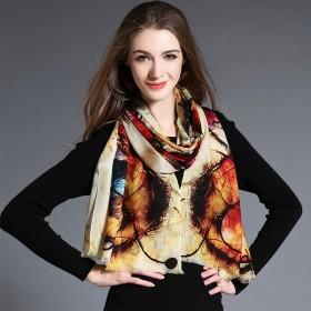 Écharpe en laine marron clair