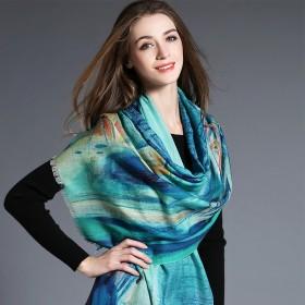 Écharpe en laine bleu