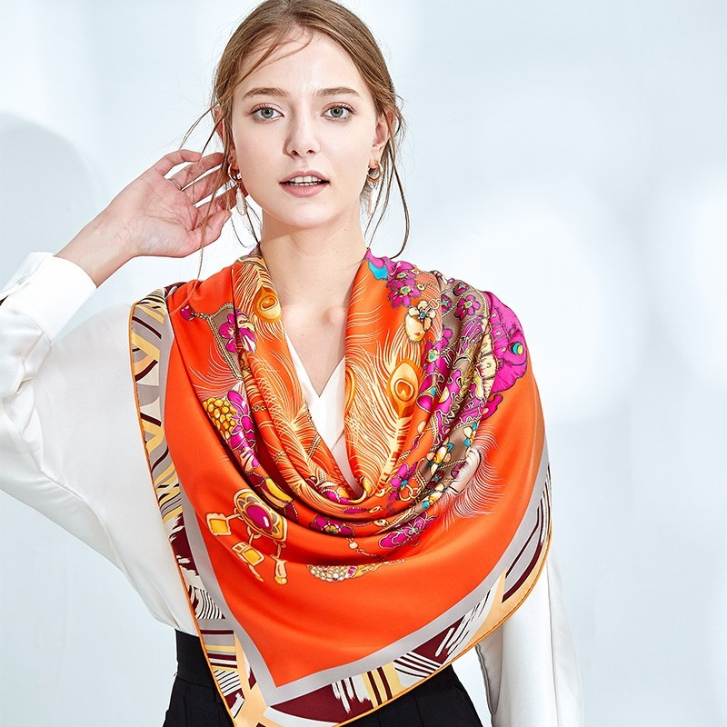 Grand Foulard en Soie Femme Orange ★ Trésor