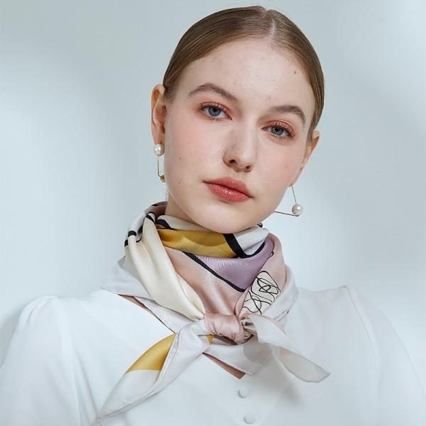 foulard en soie 90cm Margaret